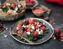 Raspberry, Beetroot & Goats Cheese Salad  + Raspberry Salad Dressing